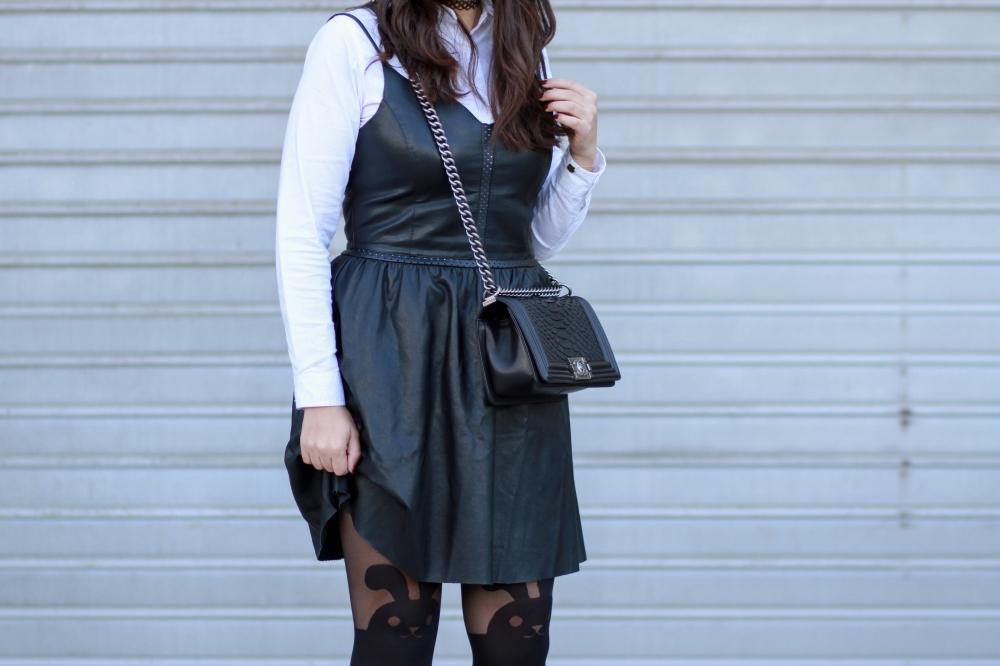 fake-leather-dress-blog-mode-chiccarpediem-7